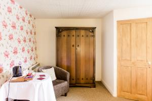 Room 7- Family En-Suite (3 People)