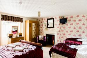 Room 4 - Family En-Suite (4 People)