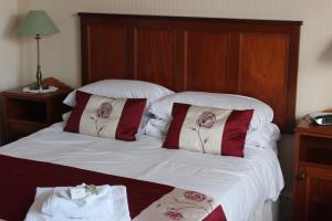 Large Double room with ensuite Shower