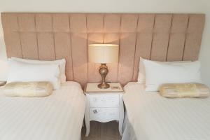 Superior Double/Twin bedroom