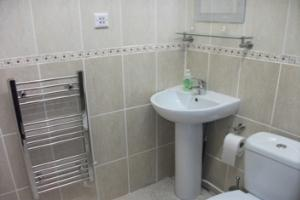 Recently refurbished en-suite shower room