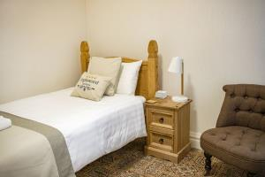 Single Room - 4th floor