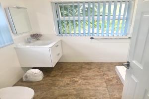 Ground Floor Sea View / Family Suite