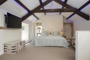 King Suite, Luxury Bathroom  & SeavView