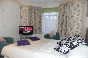 Kirk Lea Guest House double en-suite room