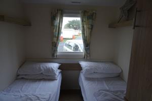 Barnes's Rest Caravan